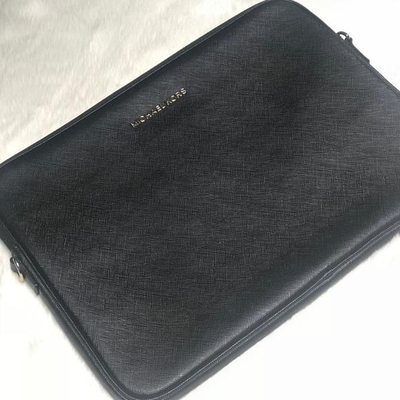 """26a09504a657fc Michael Kors MacBook Pro/Retina 13"""" Sleeve Case. M_5b4018d1de6f62ba3245d13b"""